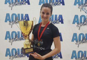 Milnay Louw holding Trophy at Namibian Open